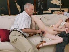 Старики резвятся с рыженькой проституткой