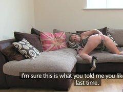 Зрелая шлюшка с аппетитной задницей проходит успешно порно кастинг