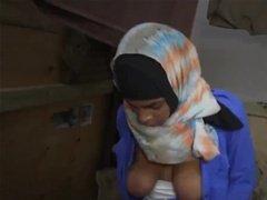 Мужик жестко поимел мусульманку в хитджабе